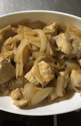片麻痺の料理(鶏肉と玉ねぎ煮)