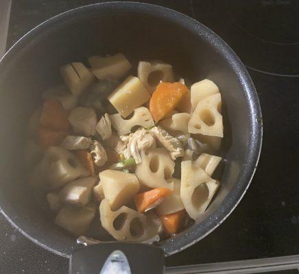 片麻痺の料理(筑前煮)