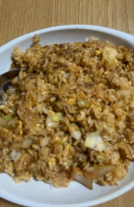 片麻痺の料理(納豆キムチチャーハン)